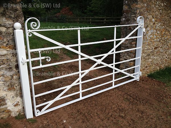 Traditional Estate Gates, Exeter in Devon